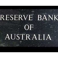 Reserve Bank will sit on its hands as economy chugs along