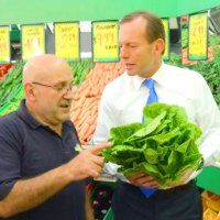 Business confidence in Tony Abbott's government drops
