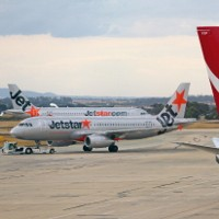 Aussie airlines targeted by competition watchdog for 'drip pricing'
