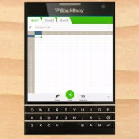 BlackBerry Passport to be wider than Samsung Galaxy Note 3, include a square screen and keyboard