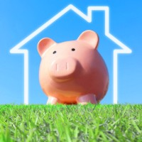 Interest rates are low, but does this mean you should buy an investment property?