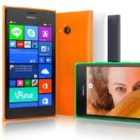 "Microsoft releases Lumia 735 ""selfie phone"" in Australia"