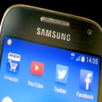 Samsung merges key subsidiaries, as fears grow its profit could collapse by half