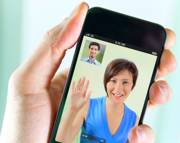 SMEs should picture new ways to communicate as young consumers embrace smartphone video calls: Survey