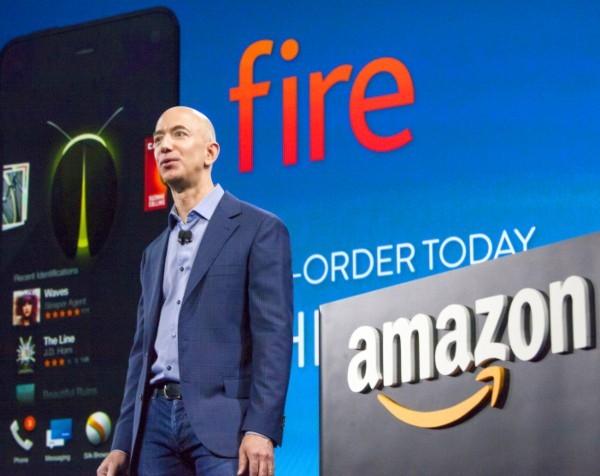 Jeff Bezos promises more Amazon smartphones despite Fire Phone flameout