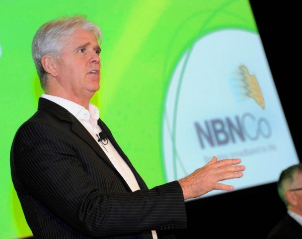NBN Co promises broadband rollout to businesses across 419 towns and suburbs by June 2016