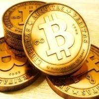 Is bitcoin one big Ponzi scheme? iPhone separation anxiety; and Teju Cole on Charlie Hebdo: Best of the Web