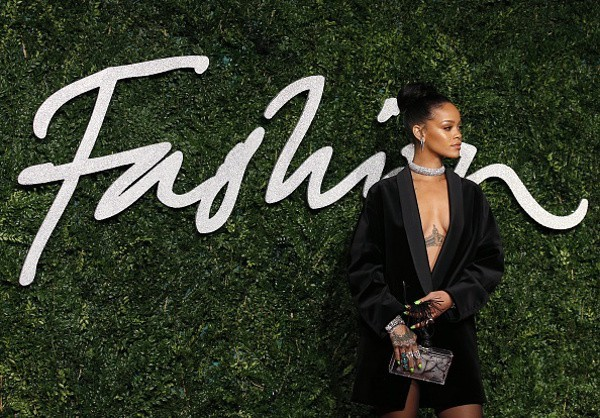 Topshop legal battle: Rihanna the only girl in the world to approve her merch