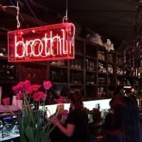 Non compost mentis: Melbourne café shuts down after council dispute over compost bin