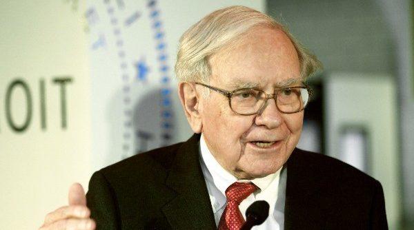 Six pearls of wisdom from Warren Buffett's 2015 letter to shareholders