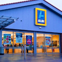 Aldi Aldi Aldi! Oi Oi Oi! German supermarket fires salvo at competitors with 'true blue' TV ad