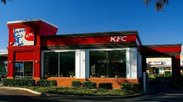 Facebook group boycotts KFC store after confusing no bacon notice for halal certification