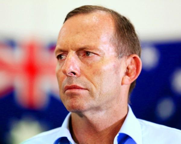 'No sniping, no undermining' Abbott snipes, undermines