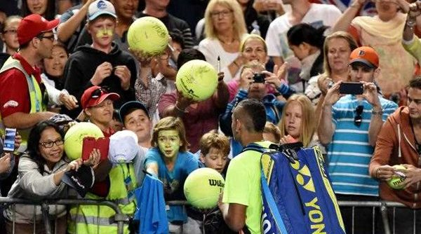 """Former Aurizon employee and """"tennis tragic"""" loses unfair dismissal bid after taking unauthorised leave to attend the Australian Open"""