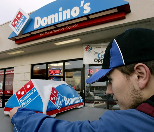 Domino's driver resigns after being caught sharing minimum wage petition on Facebook: Lessons for your business
