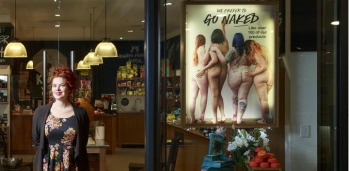 Peta Granger Lush Naked Window