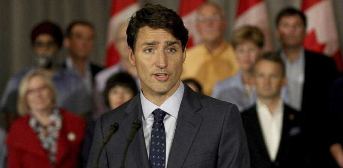 Canadian government backs women