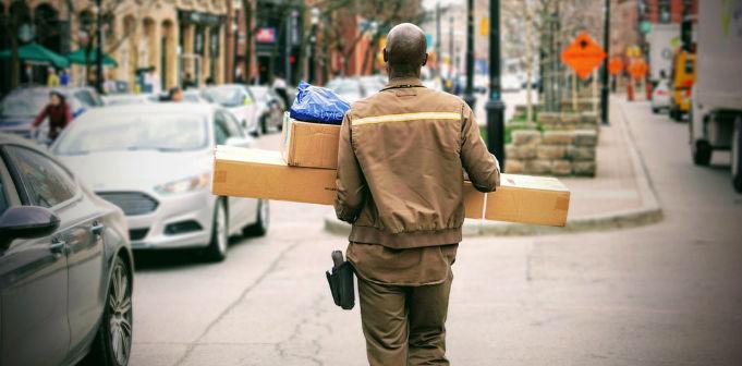 parcel delivery logistics