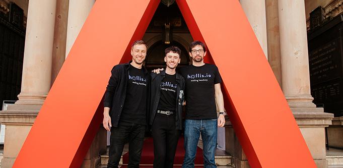 Hollis.io co-founders