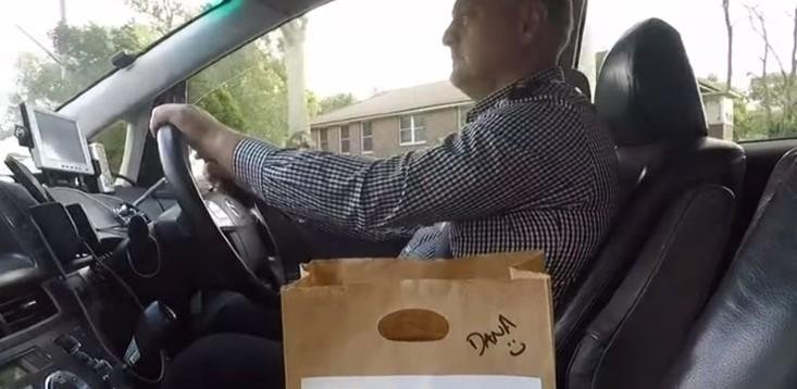 13cabs-driver-delivering-meal