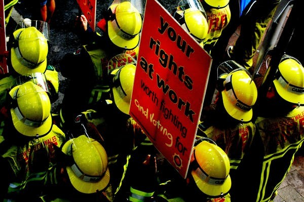 Firefighters-protest-WorkChoices