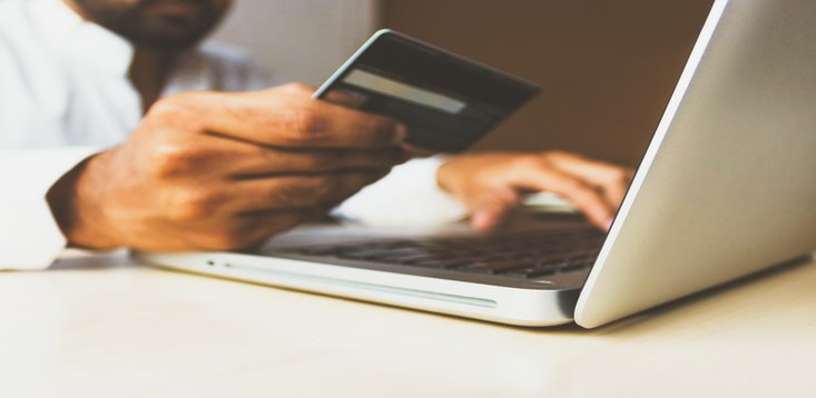 e-commerce online retail