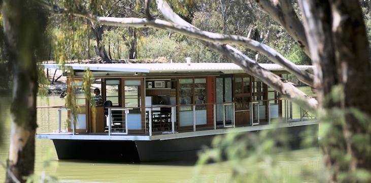 Ian Ugarte houseboat