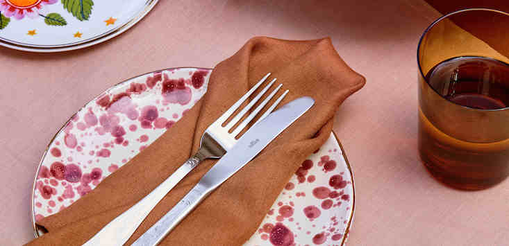 Bed Threads tableware